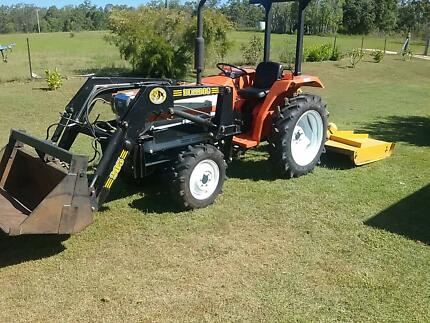 Kubota L2250DT Front End Loader and slasher Grafton Clarence Valley Preview