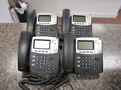 Lot Of 4 Digium D40 Ip Phones With Handsets And Stands