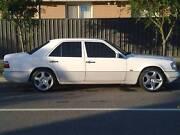 1994 Mercedes-Benz E280 Sedan Cranbourne West Casey Area Preview