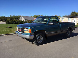 Chevrolet Pick up 4X4 boite 8 pieds
