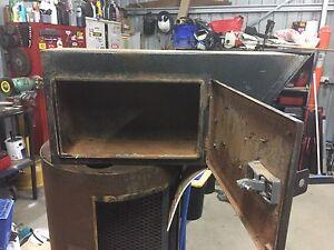 Under tray tool box Kiewa Indigo Area Preview