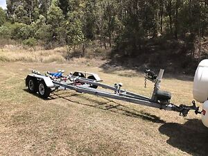 Boat trailer to suit 6m boat Maryland Newcastle Area Preview