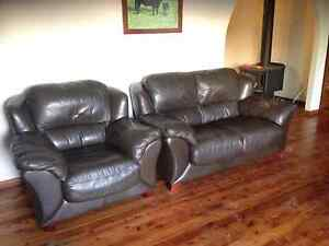 Genuine Italian leather couches for quick sale! Singleton Heights Singleton Area Preview