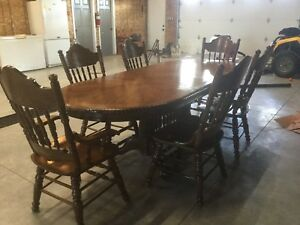 Double claw foot solid oak dining room table