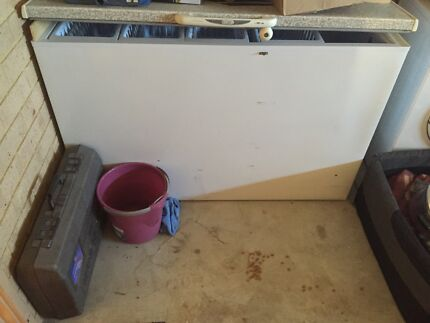 Chest deep freezer  Wangara Wanneroo Area Preview