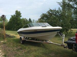 Mint boat to buy or trade for sea doo
