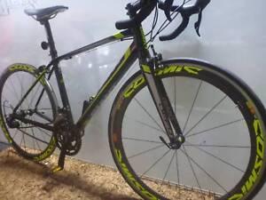 Giant Defy roadbike ..BARGAIN