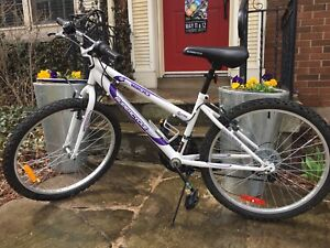 Unisex Bike for sale $75
