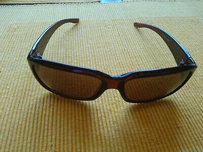 Sonnenbrille braun mit Etui, ggf. zum Überziehen