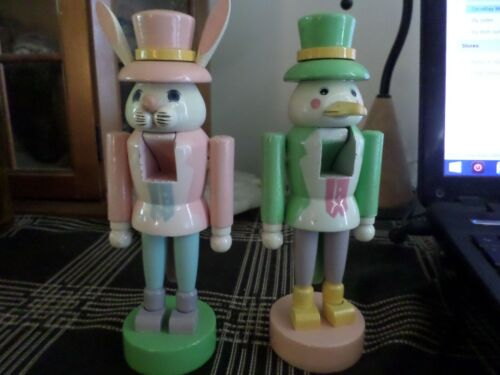 "1985 Schmid Wood Bunny & Chick Nutcracker 7-1/4"" Tall"