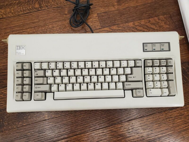 IBM PC AT Model F Computer Keyboard W/ Internal Soarers Adapter USB