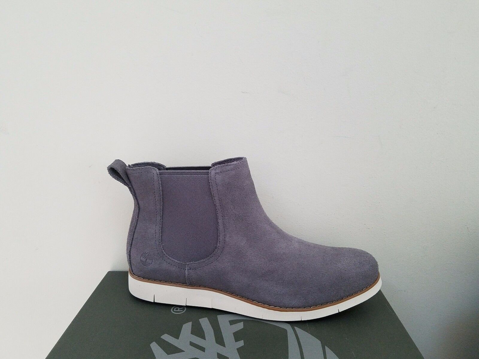 Timberland Women's Lakeville Double Gore Chelsea  Boots NIB