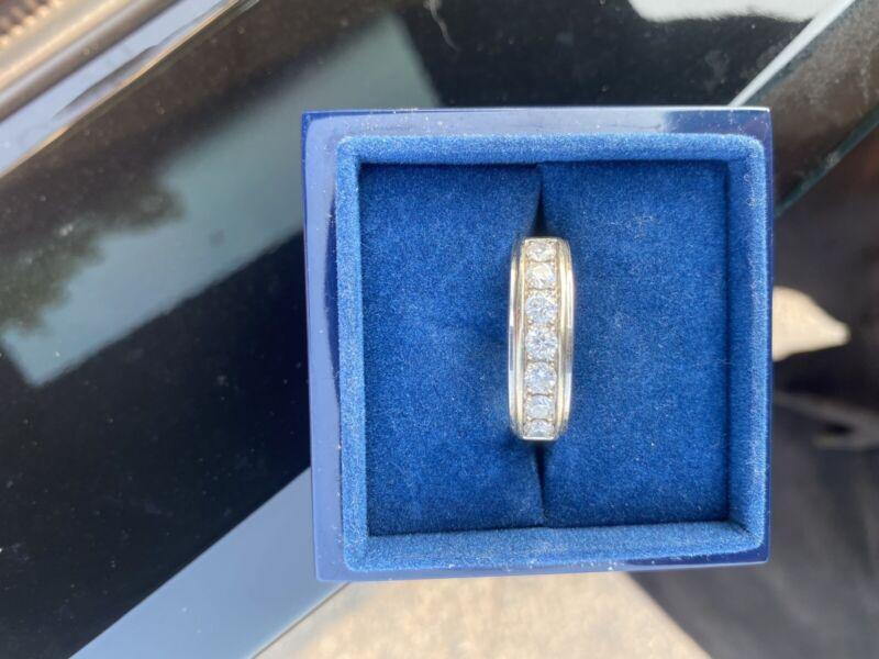 Men's Leo Diamond Ring Size 10.5