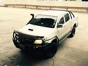 Hilux sr5 lifted locked muddies auto turbo diesel Bexley Rockdale Area Preview