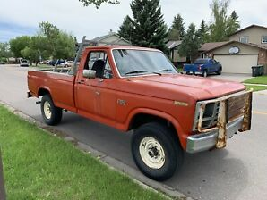 1985 Ford F-250 4x4