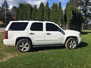 2007 Chevy Tahoe LTZ Loaded !!