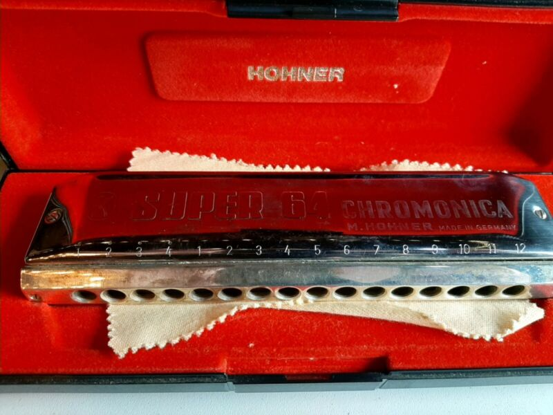 Hohner Super 64 CHROMONICA #7582 Made in Germany W/ Case