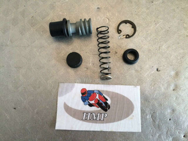 SUZUKI GS1000 FRONT BRAKE MASTER CYLINDER REPAIR KIT