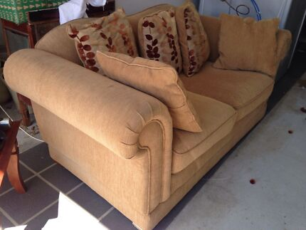 Couch Clayfield Brisbane North East Preview
