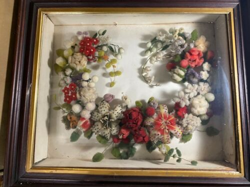 Large Superb Antique Victorian Mourning Cotton Floral Wreath In Shadowbox Case