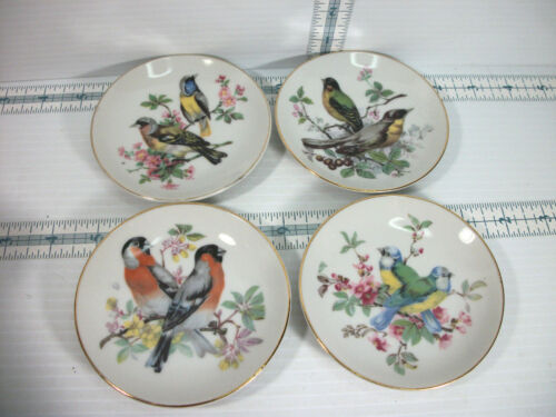 "Vintage Lot of 4 Decorative 4"" Bird Design Gold Rimmed Wall Plates Made In Japan"