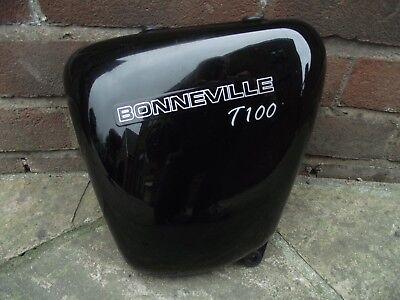 TRIUMPH BONNEVILLE T100 865CC 05 08 ORIGINAL LEFT SIDE SEAT TANK FAIRI