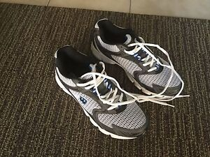Brand New running or walking shoes