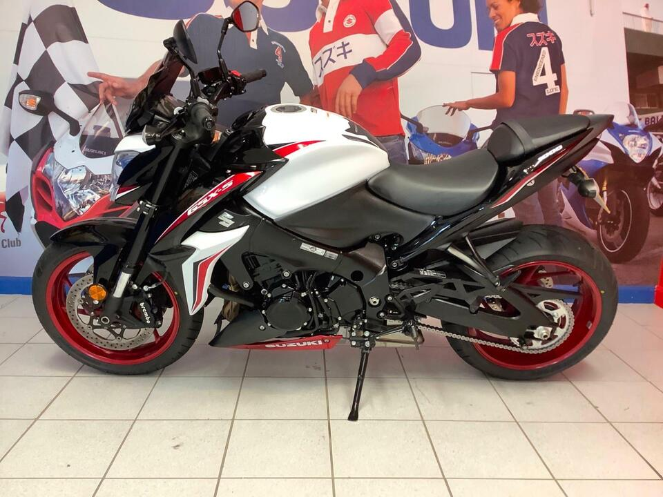 Suzuki GSX-S1000 Y GSXS1000 2018 / 18 - Immaculate condition - Lovely colour