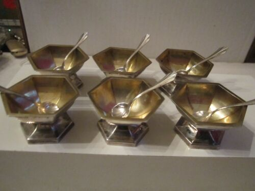 """LOT OF 6 STERLING SILVER SALT CELLARS WITH SCALLOP SPOONS - 84g - 1 1/8"""" H - SC9"""