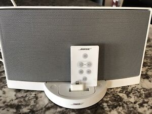 Bose sound dock with remote and adapter