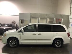 Dodge grand caravan 2014 30th ** GARANTIE** 55$/sem