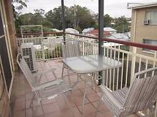 7 km to the city with own bathroom, close to everything Camp Hill Brisbane South East Preview