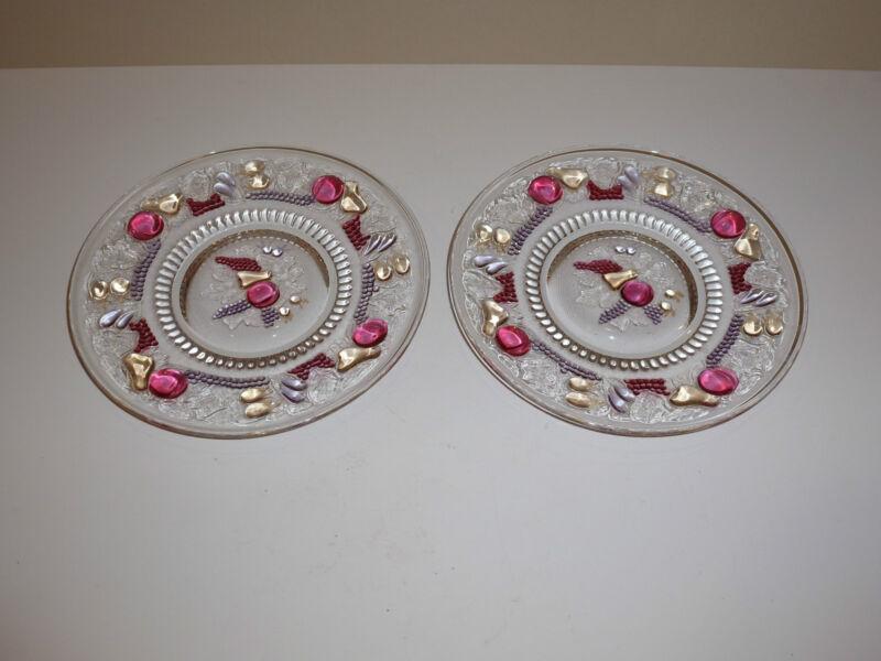"""Vintage Westmoreland Della Robbia Pair 7-1/4"""" Plates"""