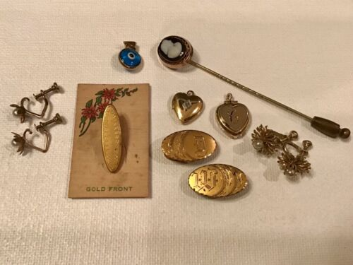VINTAGE/ANTIQUE CLIPS, EVIL EYE, CAMEO LAPEL PIN, LOCKETS ASST JEWELRY LOT