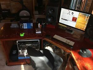 MUSIC STUDIO DESK - BARGAIN!!! Mona Vale Pittwater Area Preview