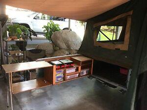 Driftaway Camper Trailer , 2 x sola panels , water tank , battery Caravonica Cairns City Preview