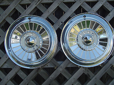 1957 57 FORD FAIRLANE THUNDERBIRD T BIRD HUBCAPS WHEEL COVERS CENTER CAP VINTAGE
