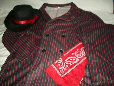 Chicago Halloween Costumes (Chicago Men's Costume Set Hat Bandanna Pinstripe Suit Black Red)