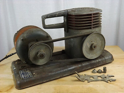 Vintage Craftsman 283.18580 Oilless Paint Sprayer W 14 Hp Motor - Works