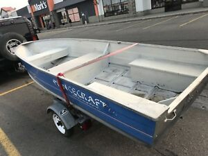 14ft prince craft and easyload trailer