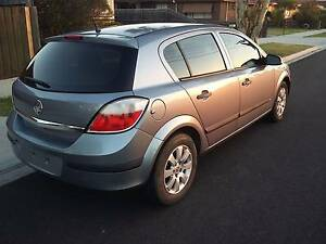 *CHEAP UNFINISHED PROJECT* 2006 Holden Astra Hatchback Albanvale Brimbank Area Preview