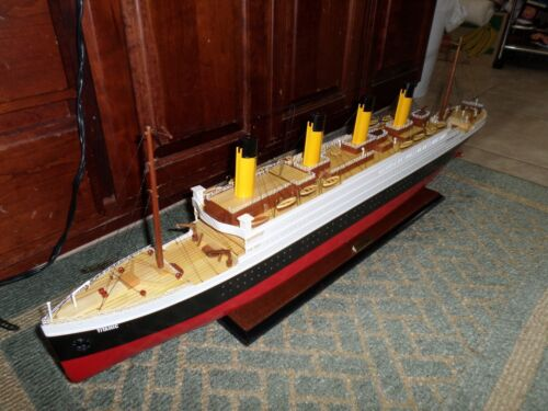 """Titanic wooden model cruise ship 40"""" fully assembly ready for display"""