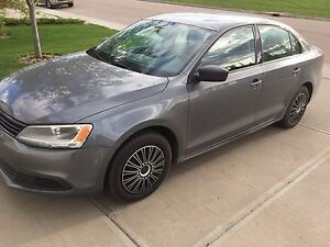 2013 Volkswagen Jetta - Very clean