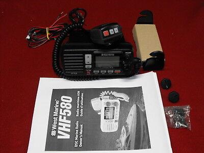 West Marine Vhf580 Vhf Marine Radio Black