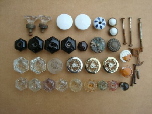 LARGE LOT OF VINTAGE CLEAR & BLACK  GLASS, PORCELAIN & METAL DRAWER PULLS