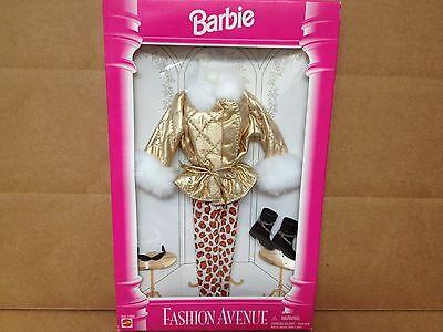 1995 Barbie Fashion Avenue Fashions
