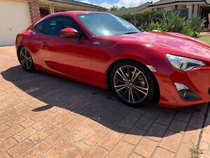 2013 Toyota 86 (PRICE DROP READ AD)