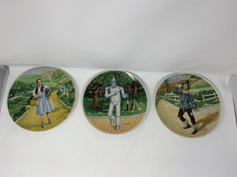 Wizard of Oz Collector Plates (3) made by Knowles & painted by James Auckland