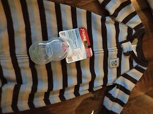 Lot of Baby Boy Items 0-3 Months -  OVER 70 ITEMS  Cambridge Kitchener Area image 7