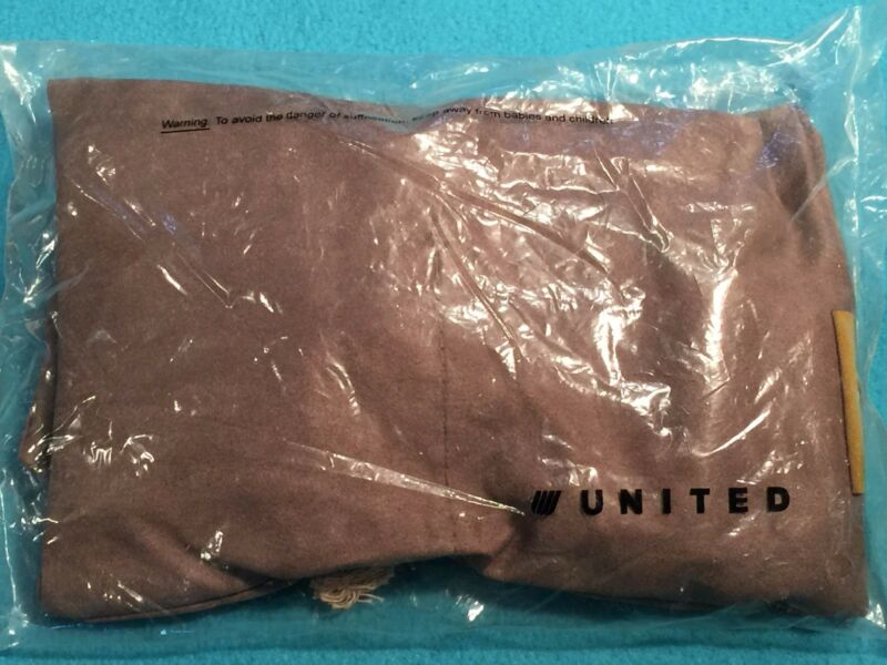 United Airlines Business Class Amenity Kit Bag